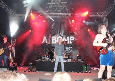a_bomb1_032