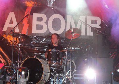 a_bomb1_036