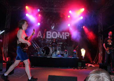 a_bomb1_037