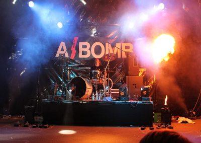 a_bomb1_041